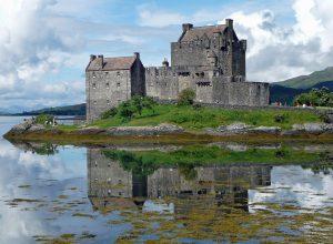 eilean-donan-castle-650681_1280